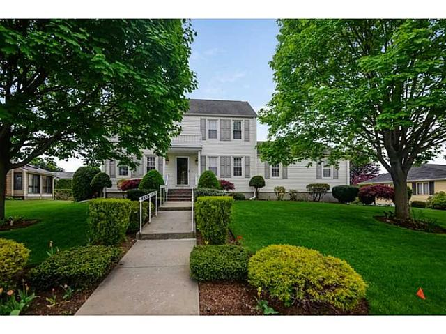 22 Carriage Way, Providence, RI