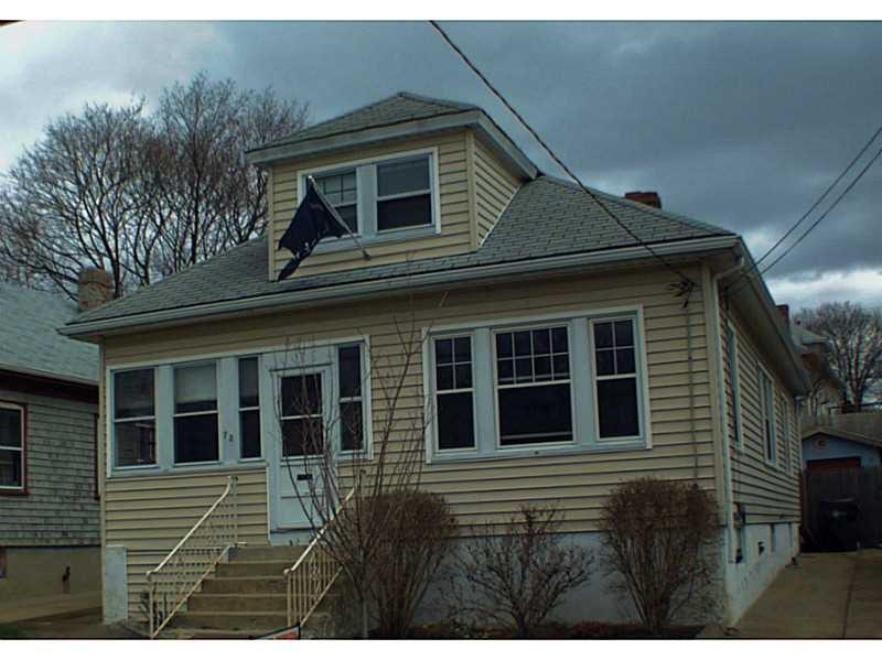 73 Gray St, Providence RI 02909