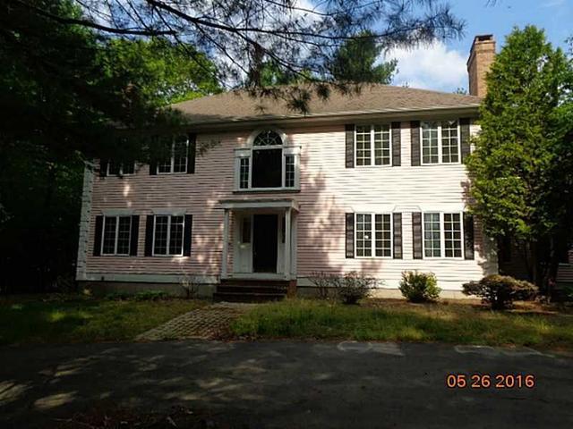 165 Shady Hill Dr, East Greenwich, RI