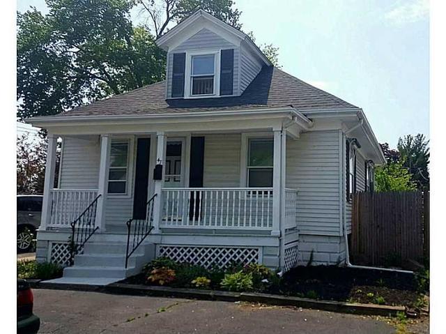 47 Riley St, Pawtucket, RI
