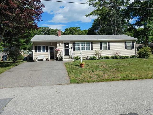 92 New Britain Dr Warwick, RI 02889