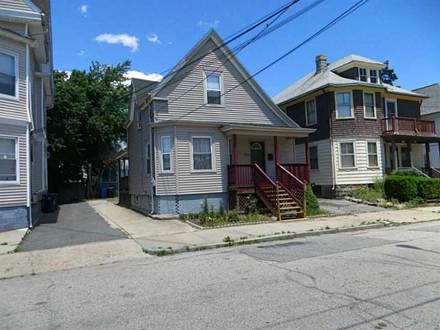 369 Bay View Ave Providence, RI 02905