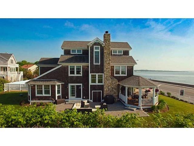 133 Ocean Rd Narragansett, RI 02882