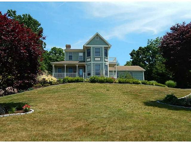 9 Sycamore Dr Westerly, RI 02891