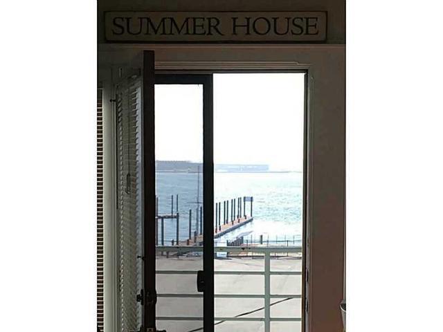 433 Thames St #C Newport, RI 02840