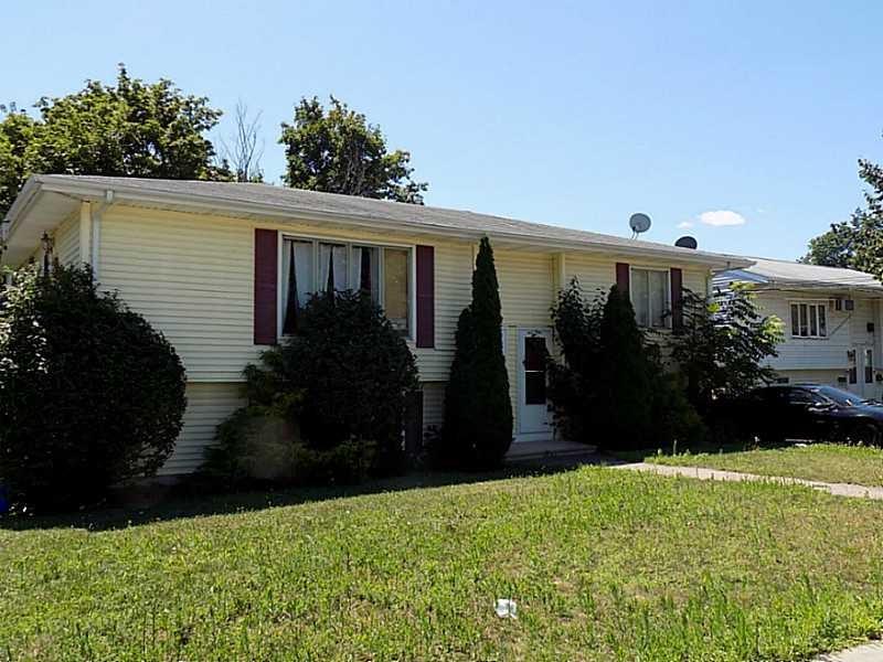 497 Farmington Ave Cranston, RI 02910