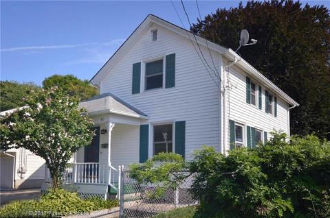 40 Sherman St, East Providence, RI 02915