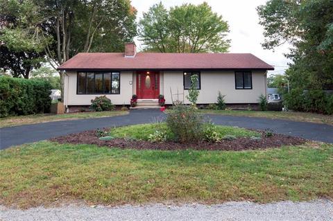 6 Villa DrNorth Providence, RI 02911