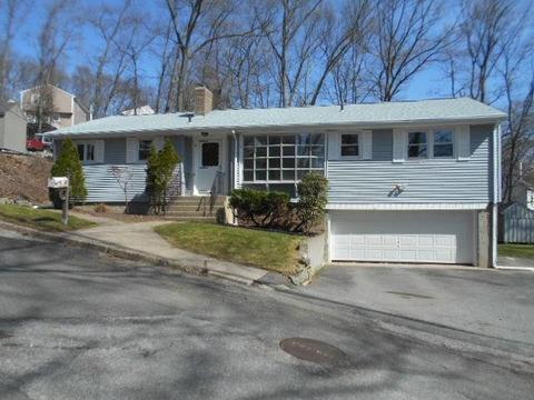 Fairlawn Lincoln Ri Real Estate Homes For Sale Movoto