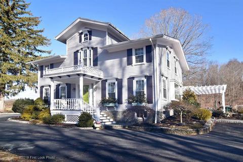 Kendall Estates Lincoln Ri Real Estate Homes For Sale Movoto