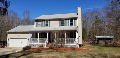 210 Sisson Rd Coventry Ri 02827 17 Photos Mls 1220530 Movoto