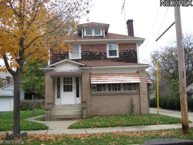 231 Para Ave, Akron, OH
