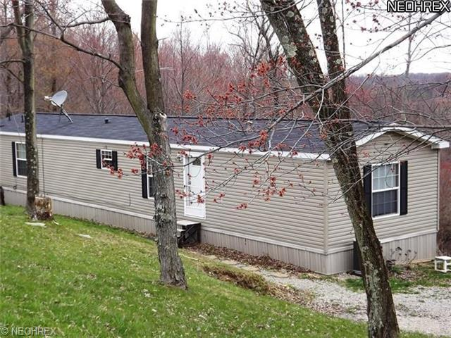 6083 Green Ridge Rd SE, New Philadelphia OH 44663
