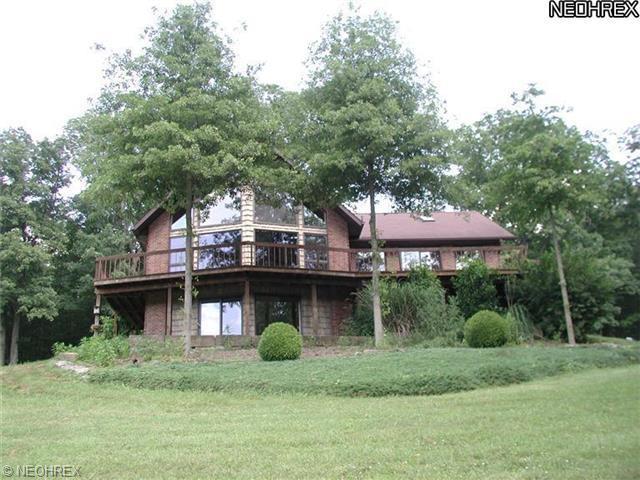 1475 Arrow Rd NW, Carrollton, OH 44615