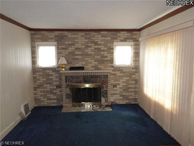 3623 Martindale Rd NE Canton, OH 44714