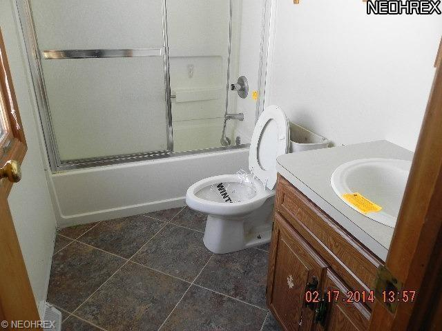 6607 Poorman Rd, Vermilion OH 44089