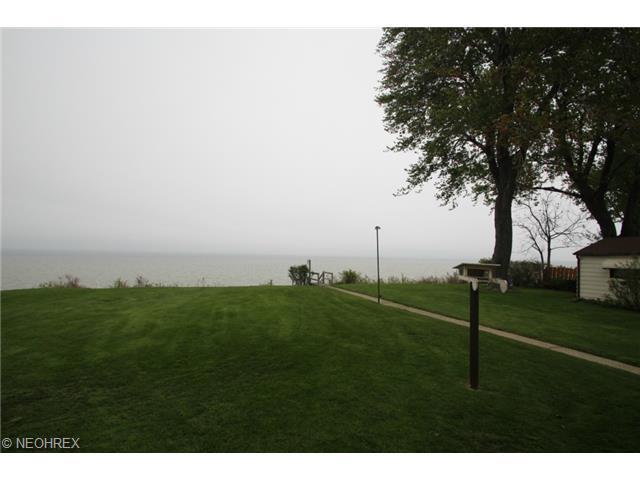 37825 Lake Shore Blvd, Eastlake OH 44095