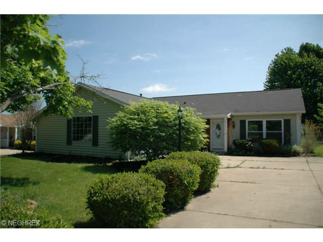 250 W Parkway Dr, Madison, OH