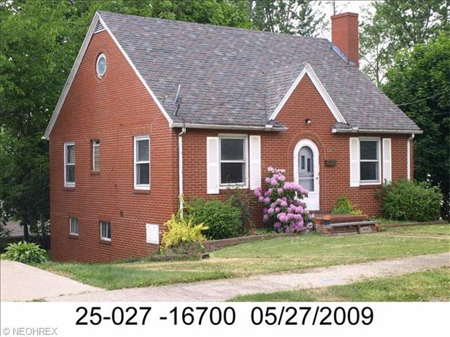 404 Orchard Ave, Niles, OH