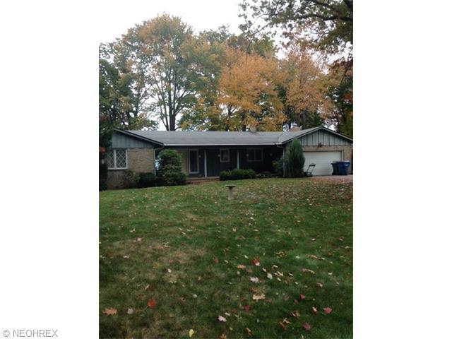 33190 Lake Rd, Avon Lake, OH