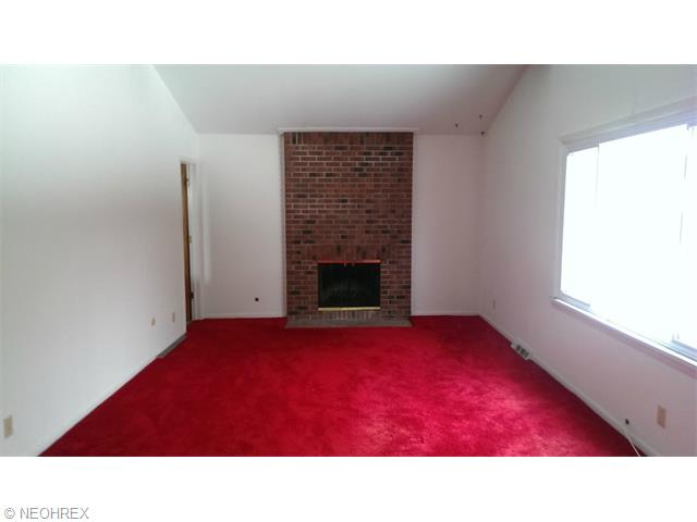2479 Smith Rd, Akron OH 44333