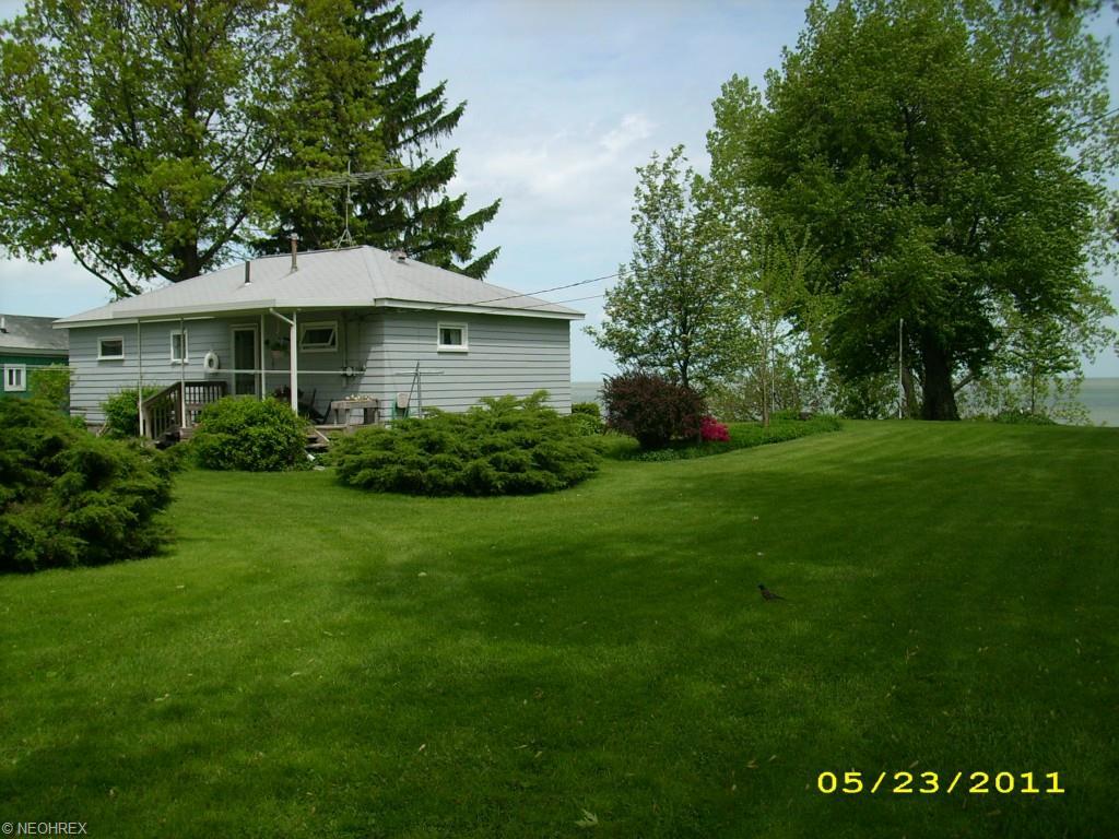 13215 W Lake Rd, Vermilion, OH