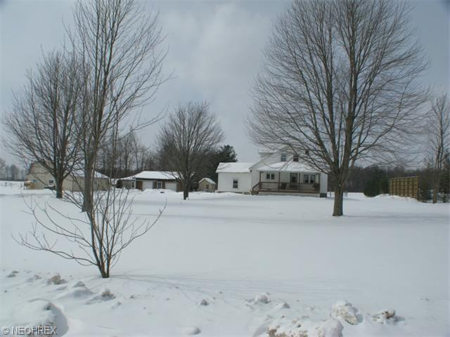 9575 State Rt 45, North Bloomfield, OH