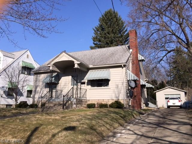 323 Lincoln Ave, Niles, OH