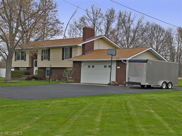 7462 State Route 45, North Bloomfield, OH