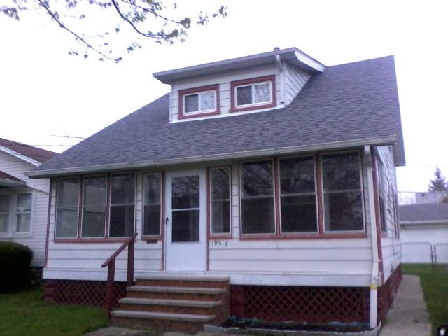 19517 Shawnee Ave, Cleveland, OH