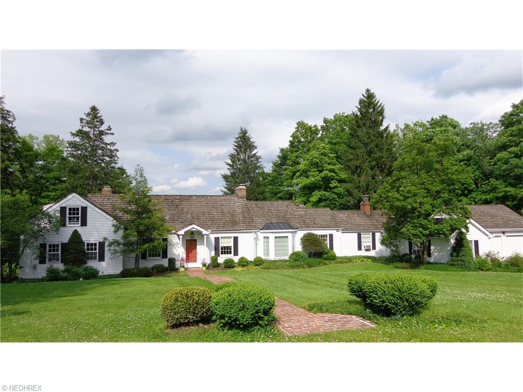 11865 Africa Acres Dr, Chesterland, OH