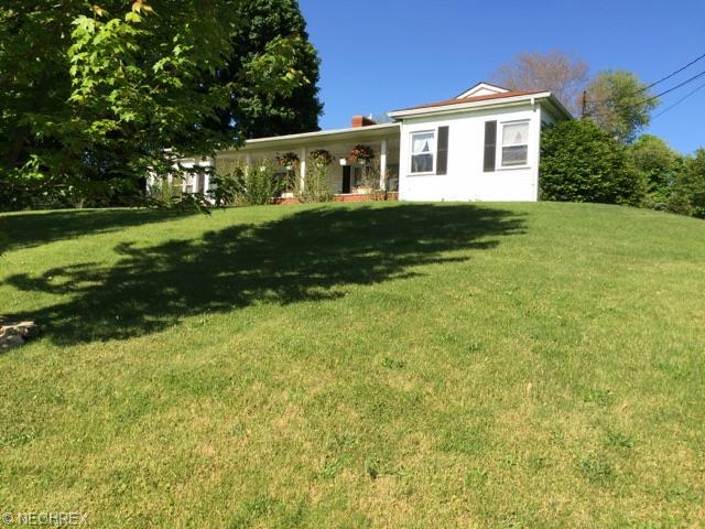10054 Plymouth St, Hanoverton OH 44423