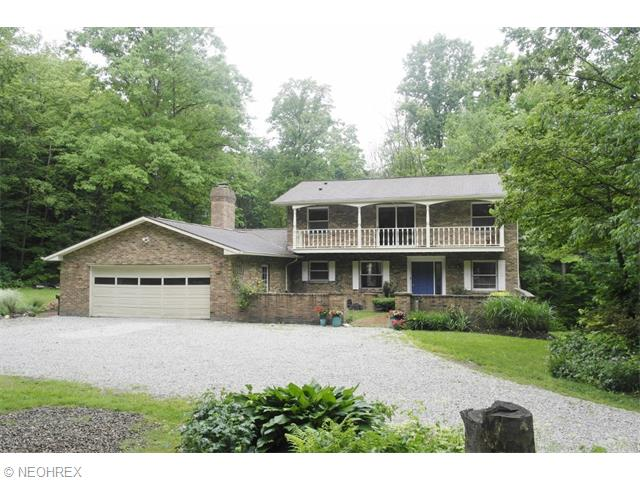 11878 Africa Acres Dr, Chesterland, OH