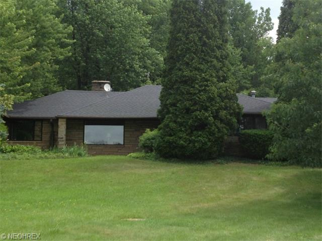 13271 Caves Rd, Chesterland, OH