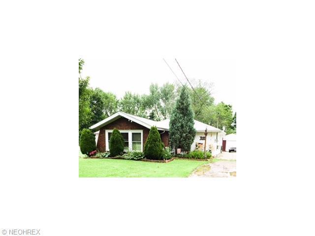 261 Oak St, Canfield, OH