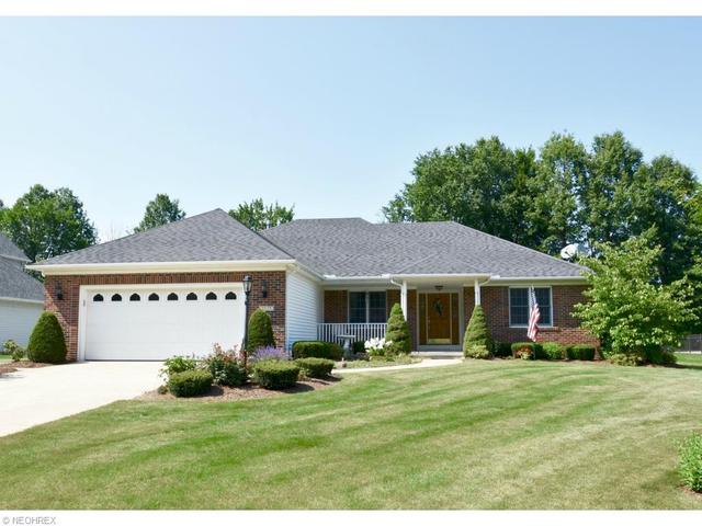 1029 Hunters Chase, Grafton OH 44044