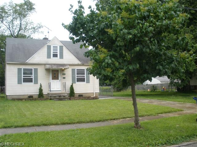 4636 W 157th St, Cleveland, OH