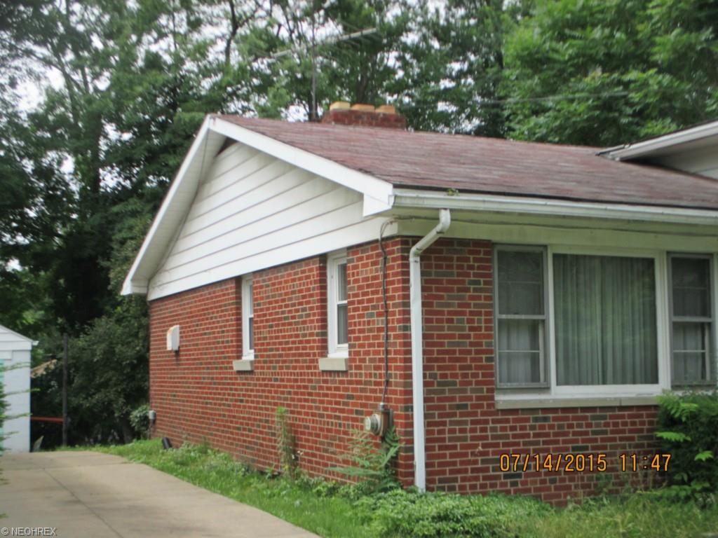 912 Longview Avenue, Akron, OH 44307