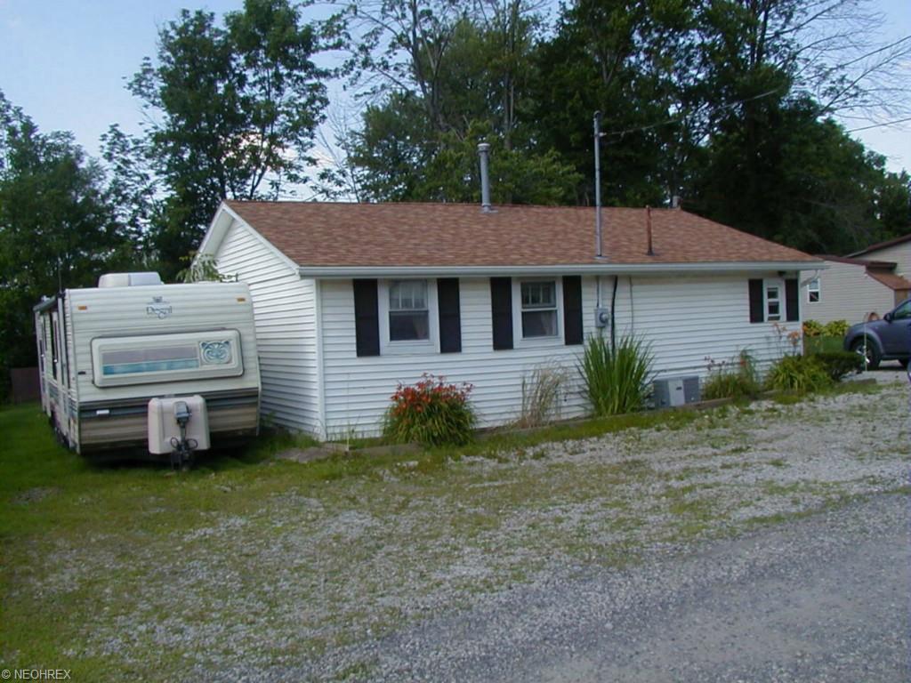 10569 Shadyside Ln, North Benton, OH