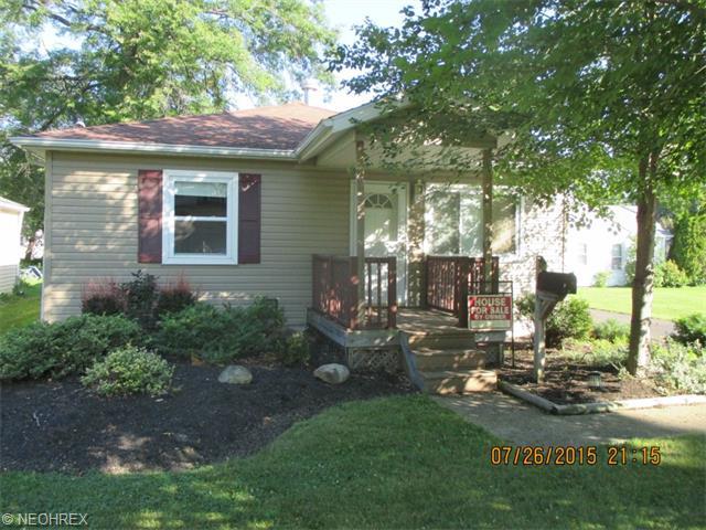 33749 Kenilworth Rd, Eastlake, OH
