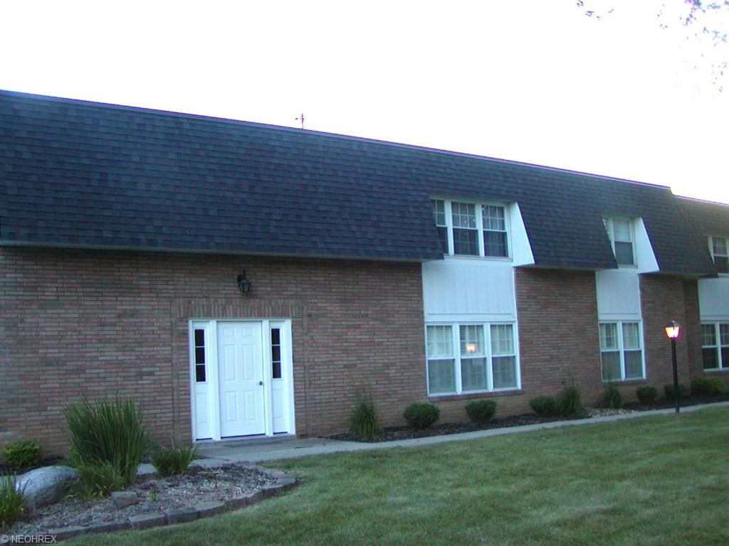 6876 Smith Rd #APT d, Cleveland, OH