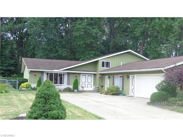 27445 Pineview Dr, Westlake, OH