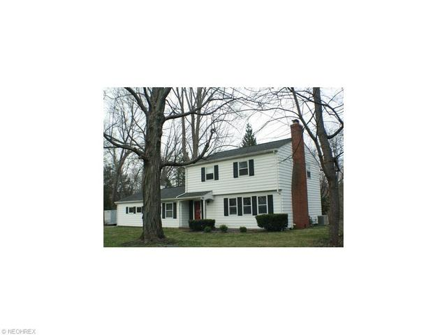 1739 Heather Rd, Madison OH 44057
