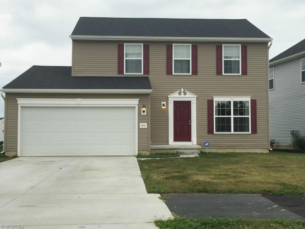 6895 Meadow Lakes Blvd, North Ridgeville, OH