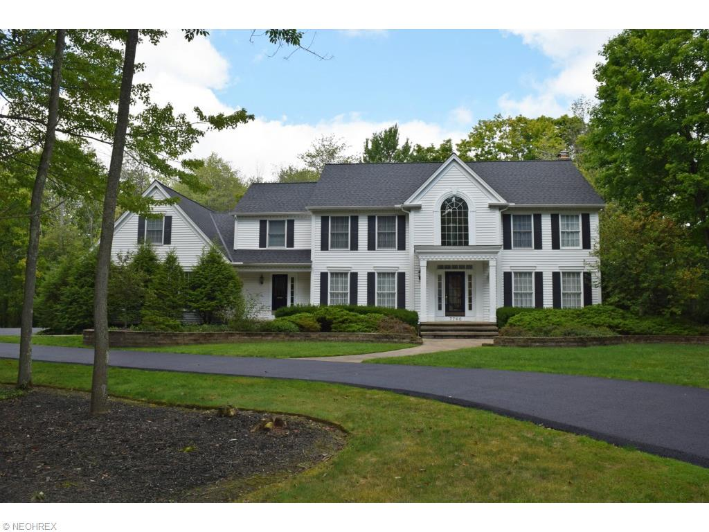 7760 Woodlands Trl, Chesterland, OH