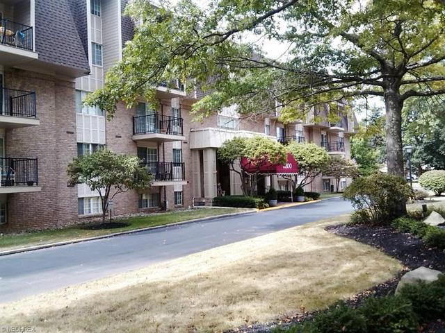 5200 West Blvd #APT 403-A, Youngstown, OH