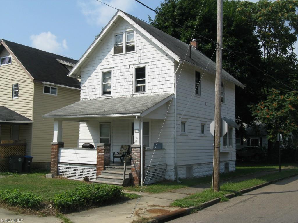 940 Dayton St, Akron, OH