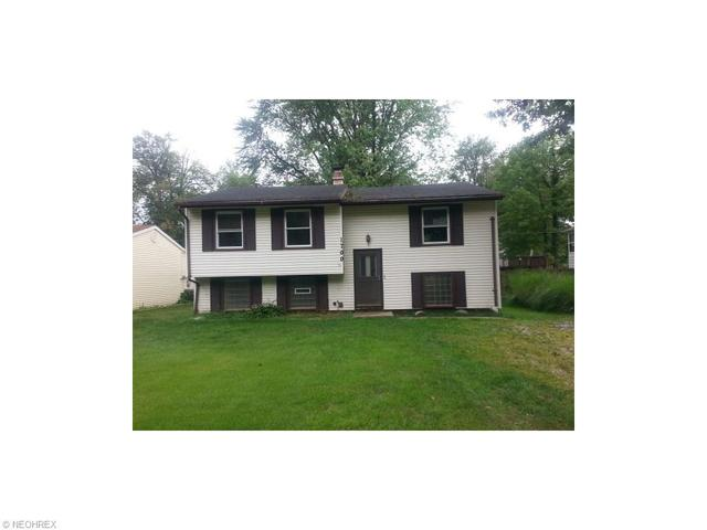 1700 Falkirk Rd, Madison OH 44057