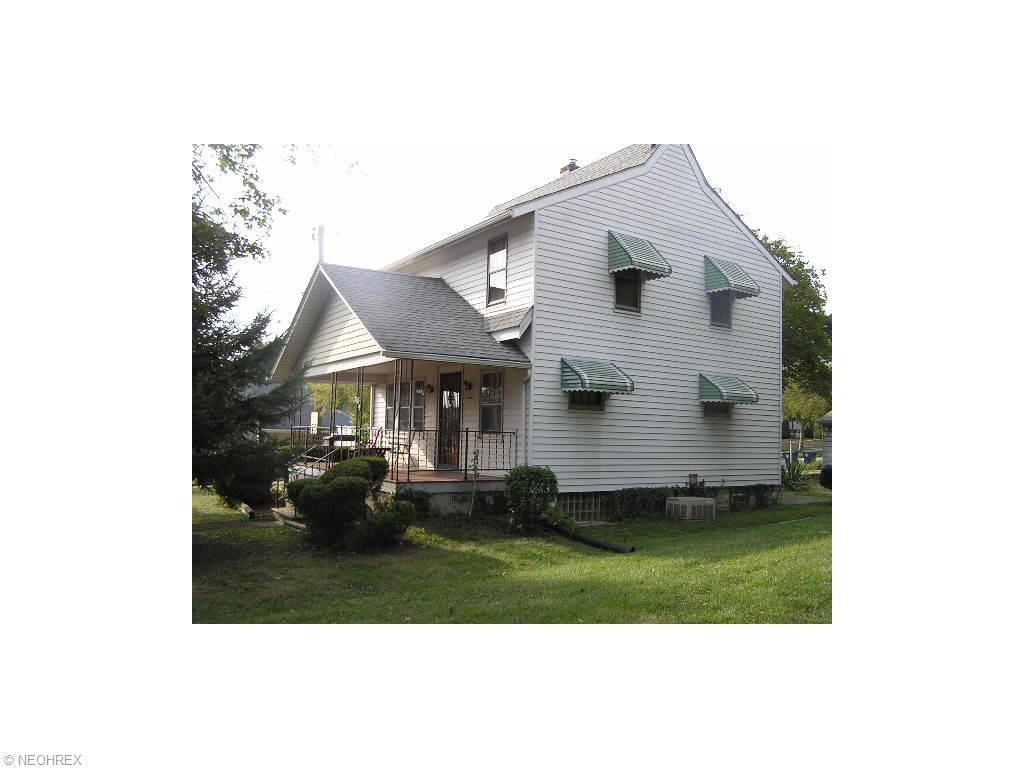389 E Glenwood Ave, Akron, OH
