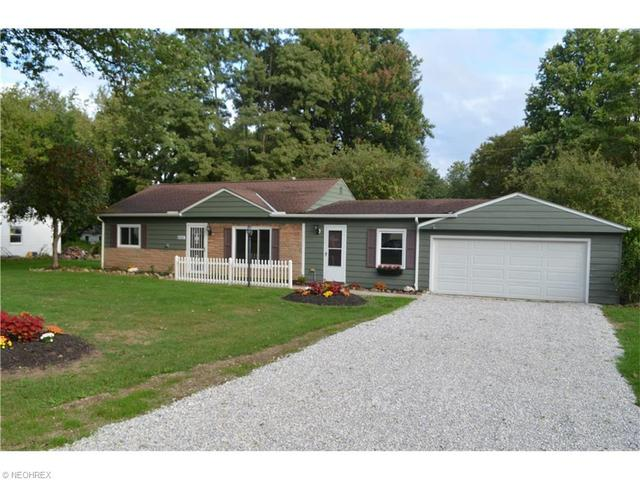6053 Dundee St, Madison OH 44057